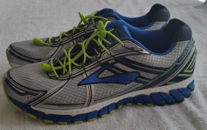 Brooks Adrenaline GTS15, size 13 2E