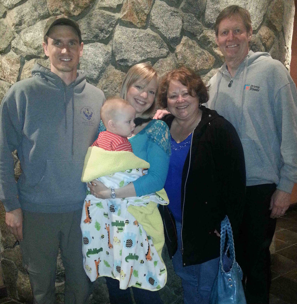 family-picture-at-Glacier-Brewhouse